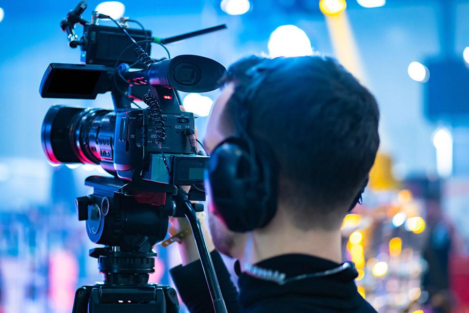 Ästhetikwelt Berlin - Presse - Kamera-Team