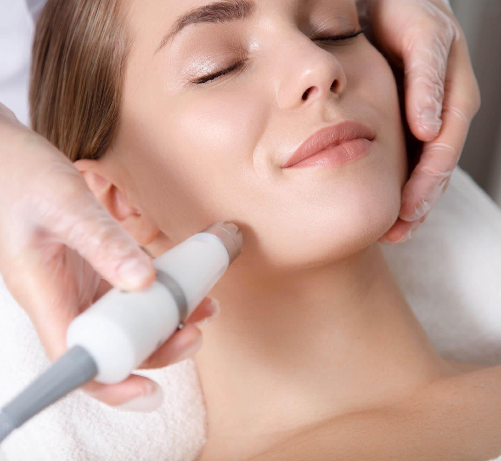 Kosmetik - Ultraschall-Behandlung in Berlin