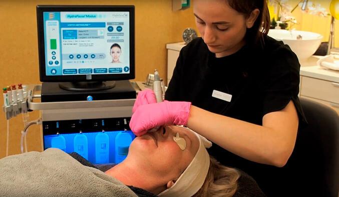 Hydrafacial Gesichtsbehandlung